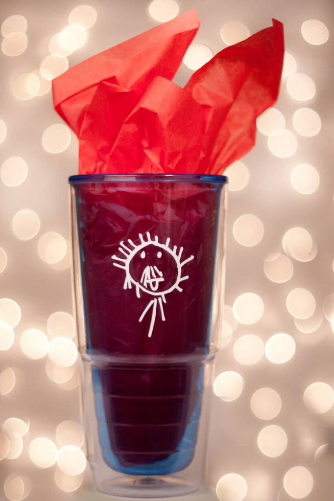 kid art cup 1 682x1024 12 Crafts of Christmas {DIY Kids Artwork Cups}
